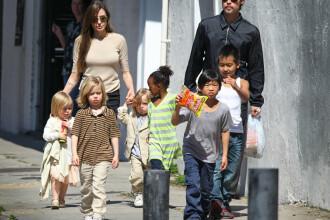 Angelina Jolie nu face diferente. Le-a spus copiilor ca sunt adoptati
