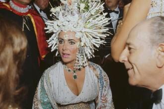 Rochiile si bijuteriile actritei Elizabeth Taylor, scoase la licitatii