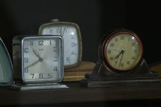 Expozitie inedita la Cluj. 800 de ceasuri distincte, perfect functionale, produse in 14 tari, isi asteapta vizitatorii