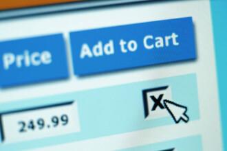 Ce se intampla cand faci cumparaturi online si cum te feresti de capcanele comertului pe internet