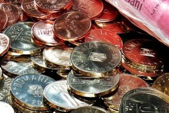 Ziua si recordul pentru euro. Cursul valutar a ajuns la 4,4662. Analisti: Situatia nu se va schimba