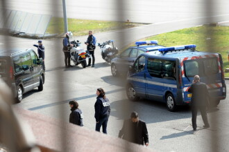 Autoritatile se asteapta ca atacatorul din Toulouse sa atace din nou vineri