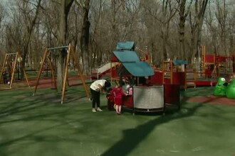 Parlamentarii vor sa incurajeze cuplurile sa aiba mai multi copii: le ofera bani in plus la salariu