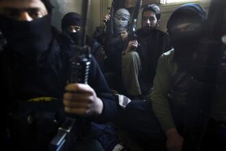 Rebelii sirieni,cei care lupta impotriva regimului Bashar,sunt acuzati ca au recurs la copii soldati