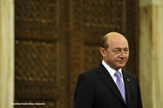 Basescu:Sectorul de stat nu e pregatit sa treaca la euro, poate devenim candidat serios in 2017-2018