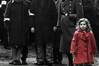 Secventa care a intrat in istorie. Cum arata azi fetita cu palton rosu din Lista lui Schindler