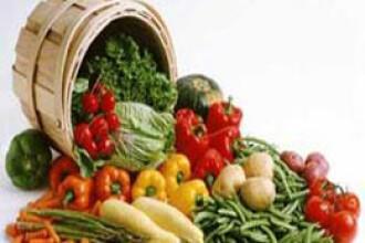 Ministrul Agriculturii: Romania produce legume si fructe peste necesar, dar multe produse se pierd