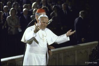 O carte controversata cu insemnarile Papei Ioan Paul al II-lea a fost lansata in Polonia