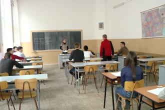 SIMULARE BACALAUREAT 2013: Profesorii se tem ca o noua generatie va ingrosa randurile somerilor