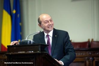 Basescu: Romania va reintra din 2016 in obligatiile asumate de a asigura Armatei 2% din PIB