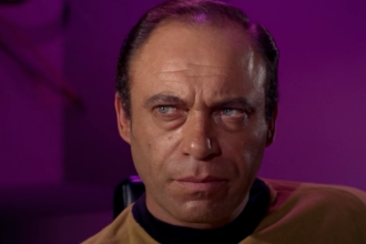 Malachi Throne, actorul cu aparitii in Batman si Star Trek, a murit la 84 de ani