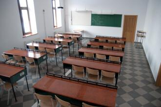 5 elevi din Calarasi,cu simptome de toxiinfectie, dupa ce au baut lapte la scoala.DSVSA face analize