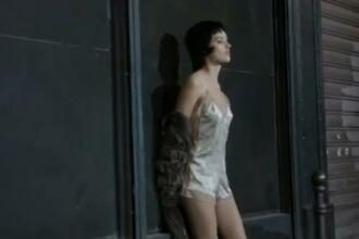 VIDEO. Reclama provocatoare la produsele Louis Vuitton. Doua manechine joaca rolul unor prostituate