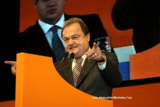 Conventia PDL. Blaga, anuntat oficial presedinte al PDL, desi Udrea a contestat rezultatul votului