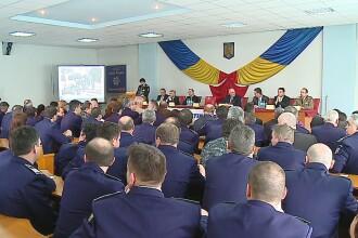 Peste 110 de politisti din Mures au fost avansati in grad de Ziua Politiei