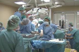 Operatie rara de implant la inima, reusita de medicii din Targu-Mures. Cat costa o astfel de interventie chirurgicala