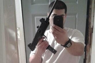 A aparut pe Facebook in hainele cu care jefuia banci, cu o arma in mana