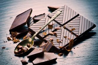 Ce au descoperit cercetatorii in ciocolata NEAGRA. Efectul asupra oamenilor poate fi unul urias