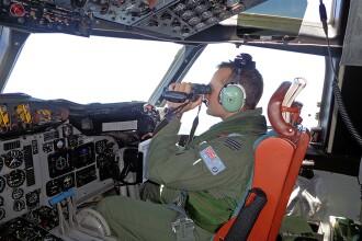 LOST. Avionul disparut din Malaysia ziua 22, UPDATE. Australienii ar fi recuperat primele posibile resturi ale aeronavei