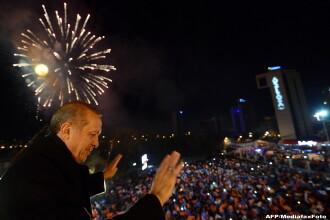 Premierul turc Recep Erdogan isi ameninta advesarii, dupa castigarea alegerilor. 8 morti in urma unor violente electorale