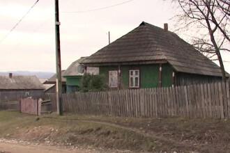 O eleva din Suceava ar fi ramas insarcinata cu vecinul pe care-l ajuta la curatenie.
