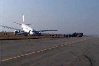 Aterizare ratata a unui avion cu 200 de oameni, in Nepal. Un roman martor la incident povesteste momentele de groaza