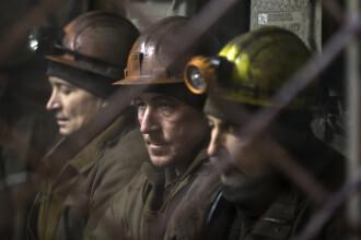 Protestul de la mina Lonea din Hunedoara s-a incheiat. Minerii au iesit din subteran dupa ce li s-au promis prime de Paste
