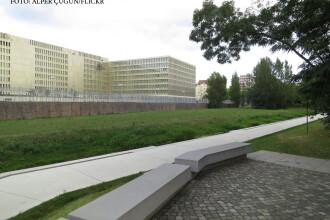 Viitorul sediu al serviciului secret german a fost pradat de hoti. Acum patru ani s-au furat si planurile cladirii