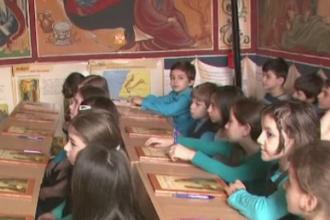 Ministerul Educatiei: Peste 90% dintre elevi s-au inscris la orele de religie