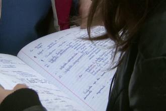 EVALUARE NATIONALA 2015. Absolventii de clasa a VIII-a se vor putea inscrie, pana miercuri, la examene. ORARUL probelor