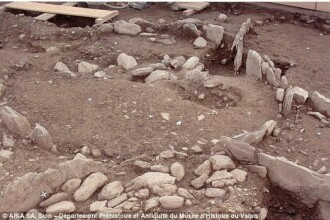 Mormant celtic, vechi de 2.500 de ani, descoperit in Franta. Cu ce a fost ingropat un print bogat