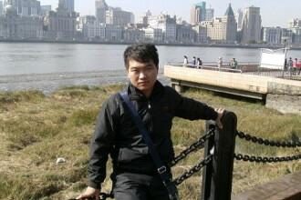 Un angajat al unei fabrici Apple din China a murit dupa ce a lucrat cate 12 ore pe zi, timp de 7 zile. Ce salariu avea acesta