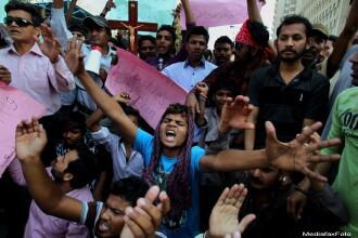 Cinci morti si 50 de raniti, in Pakistan, intr-un dublu atentat cu bomba in care a fost vizata comunitatea crestina