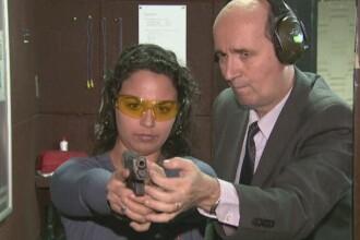 Trasul cu arma in poligon, un hobby tot mai popular in Romania. Ce spun psihologii despre persoanele care aleg acest sport