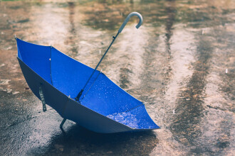 VREMEA DE PASTE. Prognoza meteorologilor: se anunta frig si ploi in aproape toata tara