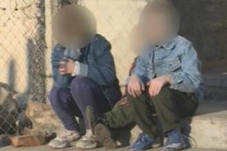 Asistenta maternala acuzata ca a batut si chinuit doi orfani pe care ii avea in grija. Chinurile cumplite indurate de copii