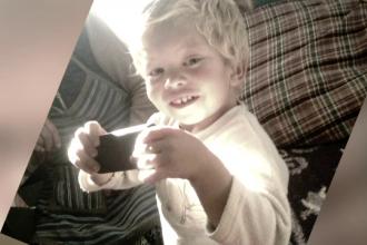 Baietelul de 3 ani din Arad, mort pe masa de operatie, a fost inmormantat. Parintii nu au primit inca nicio explicatie