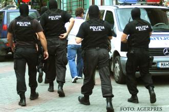 Seful Politiei Mizil, retinut de DIICOT Ploiesti. Ar fi protejat o retea de proxeneti care exploata inclusiv minore