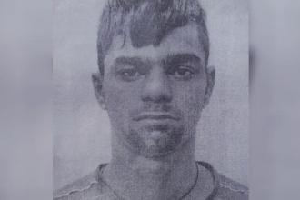 Un tanar de 19 ani a evadat chiar de sub escorta politistilor care il pazeau. Unde l-au descoperit cateva ore mai tarziu