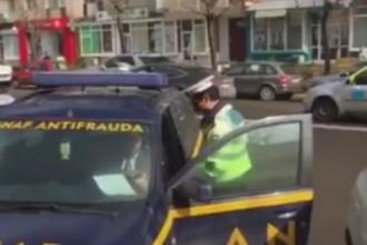 Doi inspectori ANAF au fost amendati de politie pentru ca au parcat pe locuri destinate persoanelor cu dizabilitati. VIDEO