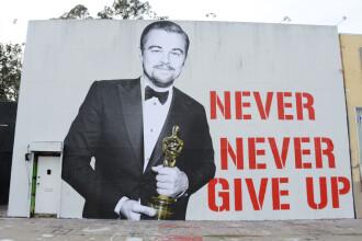 Cum au sarbatorit fanii victoria lui Leonardo DiCaprio la Oscaruri. Ce a aparut la cateva zile dupa pe strazile din L.A.