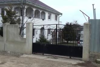 Un barbat din Suceava si-a ucis fosta sotie, iar apoi si-a pus capat zilelor. Femeia ar fi incercat sa-si refaca viata