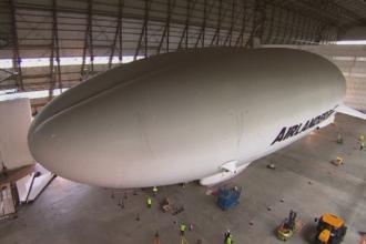 Cel mai mare vehicul zburator din lume, testat de britanici. Airlinder 10, un hibrid care poate zbura 5 zile fara oprire