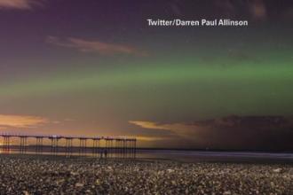 Fenomen rar in Marea Britanie. Locuitorii au putut vedea cerul luminat de aurora boreala in nuante de verde si portocaliu