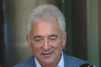 Adriean Videanu, audiat la DIICOT in dosarul Romgaz