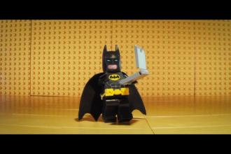 Noul trailer al filmului The Lego Batman arata o fata necunoscuta a super-eroului. Cand apare in cinematografe