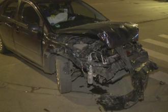 Dezastrul provocat in Bucuresti de un sofer de 19 ani, cu permis de o luna. Tanarul a avariat trei autoturisme