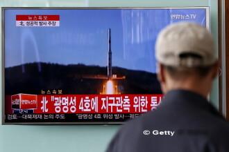 Coreea de Nord a lansat patru rachete balistice in mare, trei au ajuns in apele Japoniei: