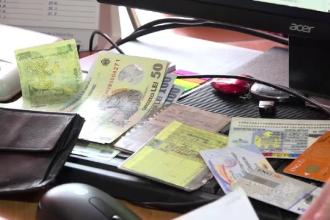 Ce fac romanii atunci cand gasesc un portofel pe strada. Cazul femeii din Cluj care a descoperit 2.000 de lei