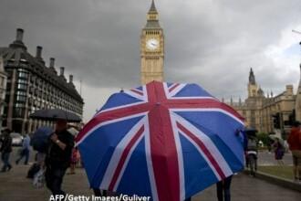 Incepe exodul dupa Brexit: peste 1 milion de straini pleaca din Marea Britanie. Ce le promite Theresa May ca sa ramana